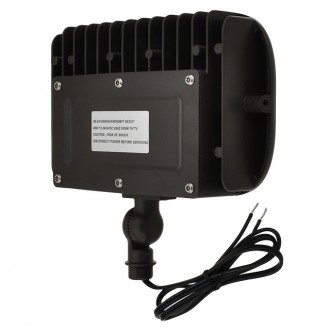 "Series-7 Low Voltage Compact 40W LED Landscape Flood Light with 1/2"" Threaded Knuckle Mount and Ground Stake"